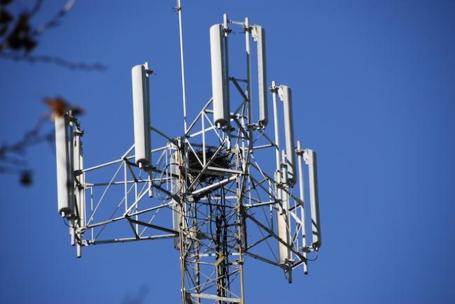 telefoonmast-lbs-umts.jpg